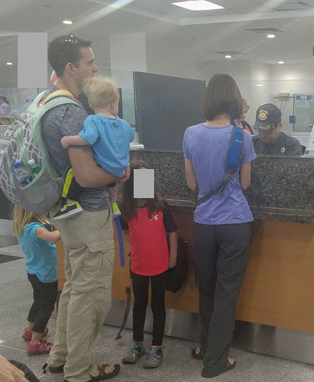 going-through-immigration-and-customs-in-Costa-Rica-immigration.jpg